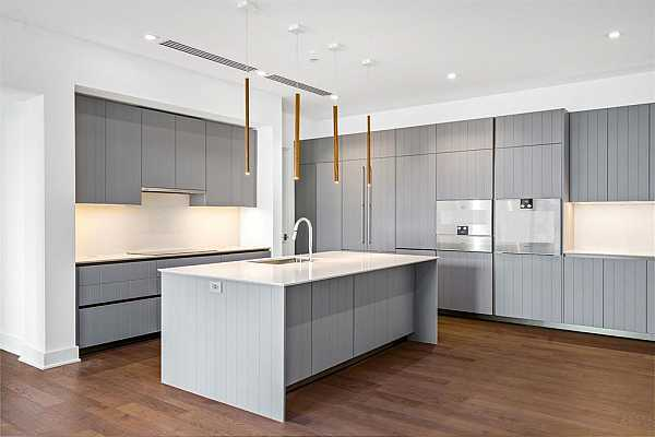 Photo #10 Every inch of the kitchen offers a world-class standard of design inspired by international aesthetic.