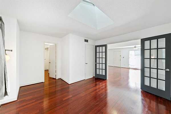 Photo #9 Large primary bedroom with a wonderful walk-in closet.