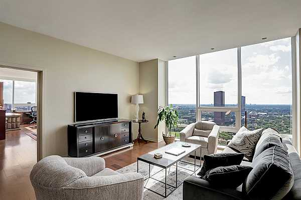 Photo #1 Welcome! Classic design, neutral tones & fantastic views greet you from the hallway. Entryway offers recessed lighting, marble floors & excellent wall space art. A wonderful way to greet cherished family and friends.