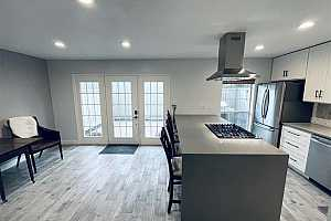 Browse active condo listings in BRIARGROVE DR TOWNHOMES