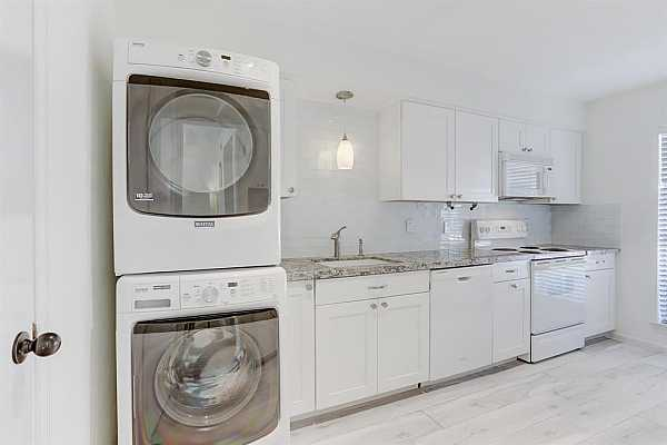 Photo #11 washer, dryer included