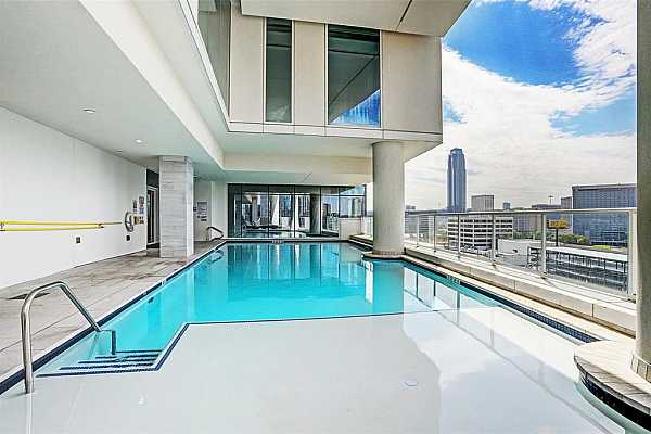 Photo #9 Resident Outdoor Pool
